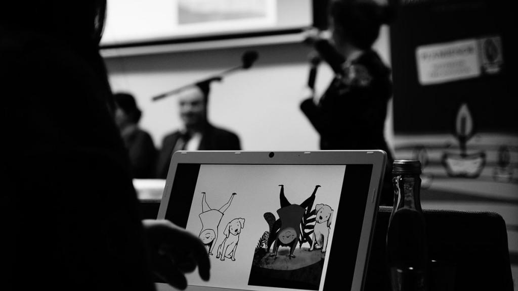 """Fotos de la presentación del libro infantil """"Las aventuras de Ayu y Grof: En tierra de volcanes"""" sobre la pérdida, escrito por Iván Gómez, con ilustraciones de Mirari Sagarzazu"""